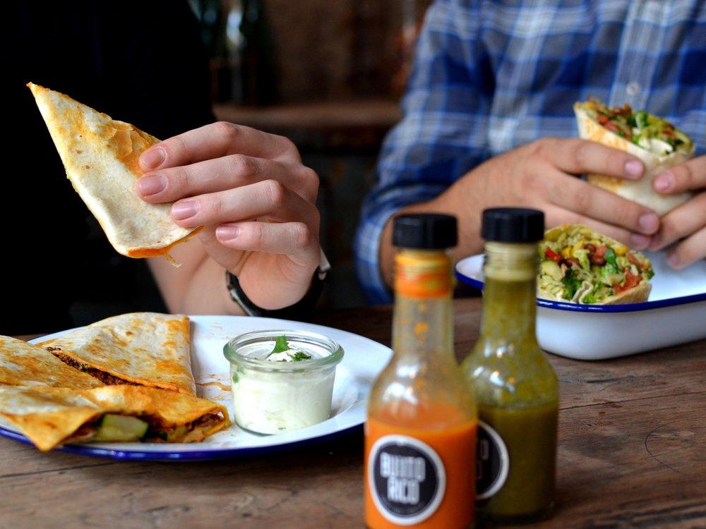 NEU! Unser Mittagsmenü - Ganz neu bei uns! Stell dir dein eigenes Mittagsmenü zusammen, mit einer Hauptspeise, einer Beilage und/oder einem Getränk. Mehr Infos