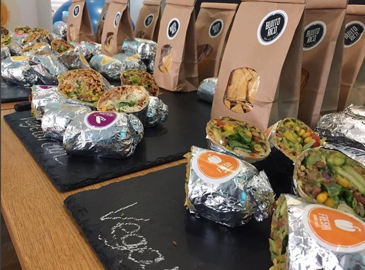 Catering für Firmen - Du liebst Burritos und möchtest unsere leckeren und gesunden Gerichte auch in Deinem Unternehmen genießen? Kontaktiere uns jetzt, wir informieren Dich gerne über unsere Angebote!
