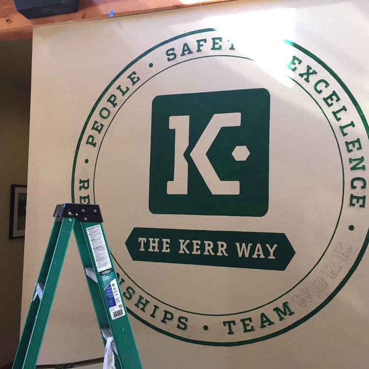 Kerr-logopainting.jpg