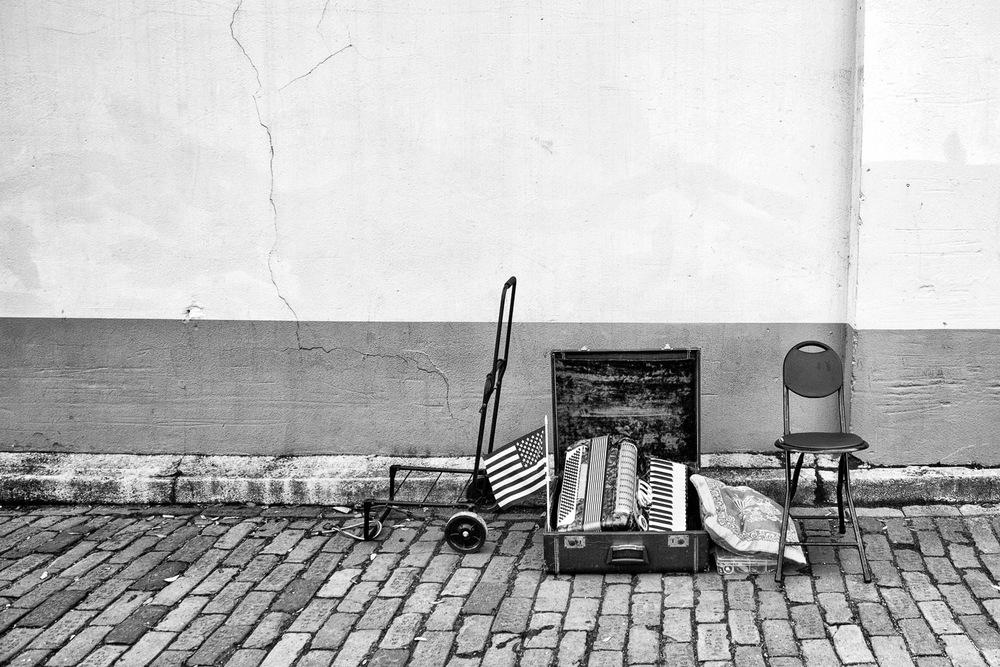 Sidewalk-Musician-Instuments-St. Augustine-BW.jpg