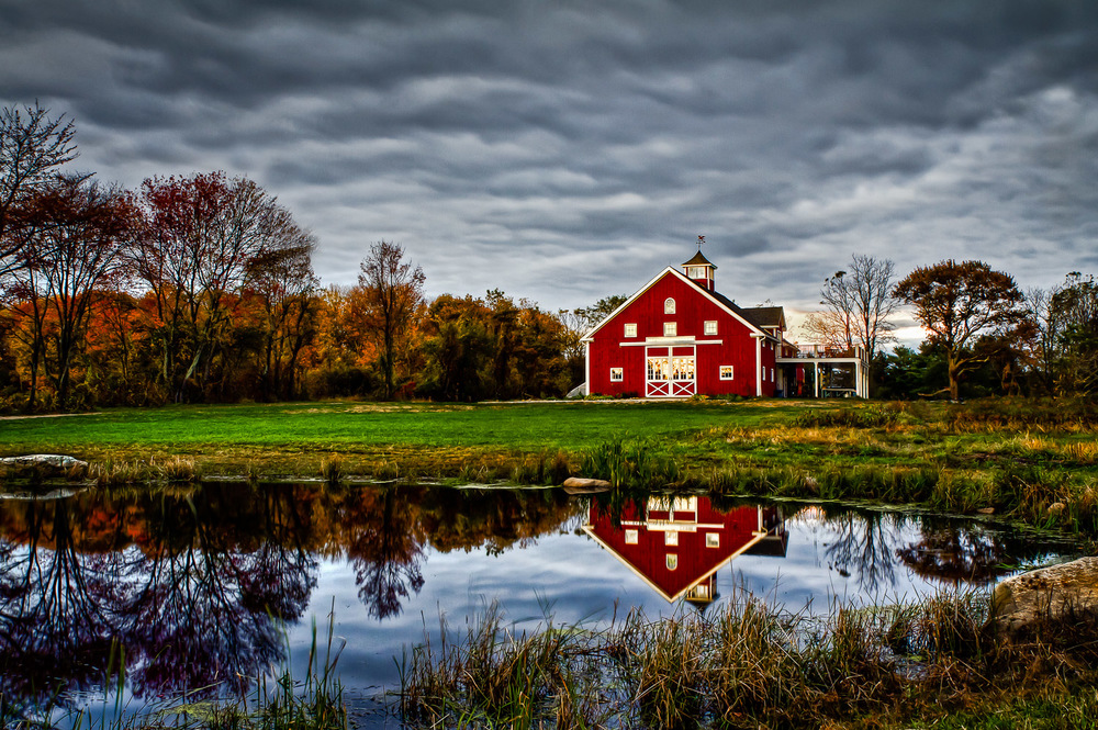 Red-Barn-Reflected-in-Pond.jpg