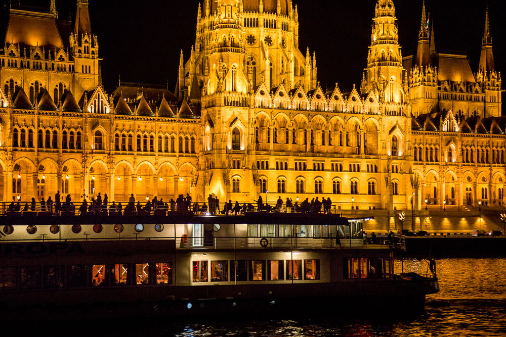 Budapest-Parliment-Night-Danube-Ship-Front.jpg