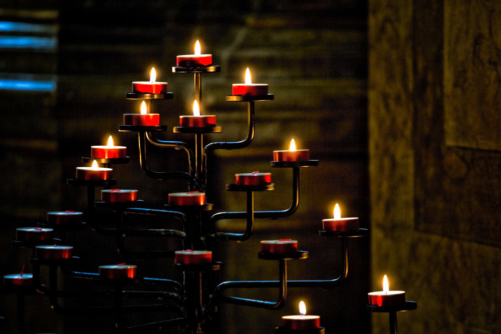 Candles-Jewish-Museum-Budapest.jpg