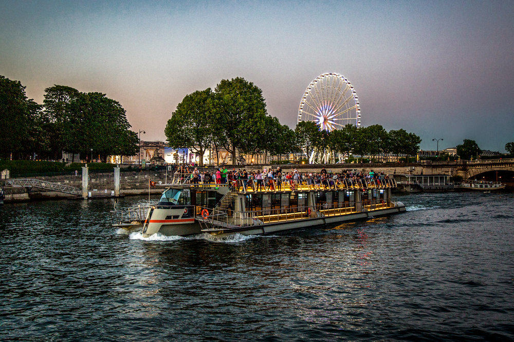 River-Tour-Boat-Eye-Carousel-Clean.jpg