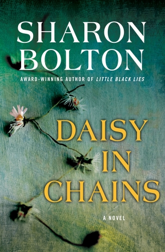 daisy in chains (review)//wanderaven