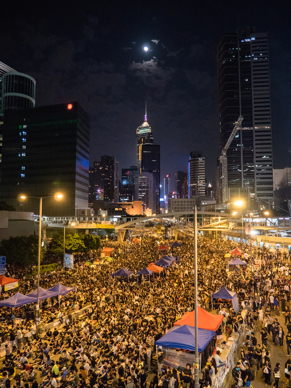 The Hong Kong Umbrella Revolution at the Admiralty site on 10 Dec 2014 (Pasu Au Yeung)