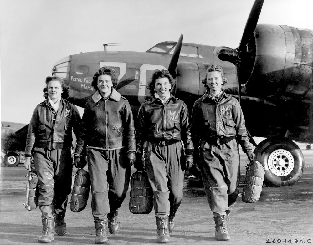 "Women pilots leaving their B-17, ""Pistol Packin' Mama"", at Lockbourne AAF, Ohio, during WASP training to ferry B-17 aircraft. Left to right are Frances Green, Margaret Kirchner, Ann Waldner and Blanche Osborn. (Public Domain)"
