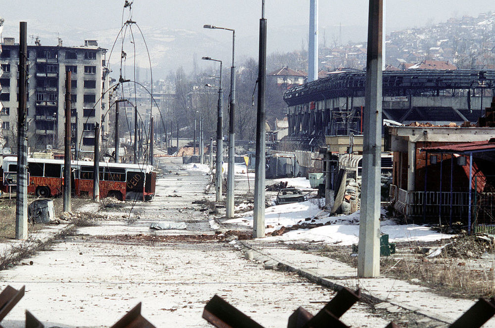Overall view of downtown Grbavica, a neighbourhood in Sarajevo, in March 1996. (DoD Photo)