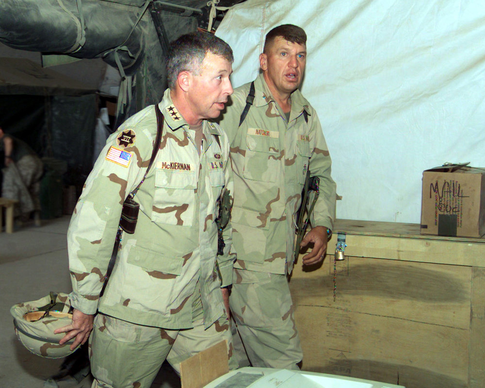 Lieutenant General David McKiernan (left) during Operation Iraqi Freedom ( USMC Photo )
