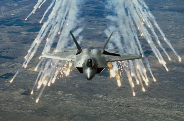 F-22 Raptor releases defensive countermeasures. Image Courtesy Wikimedia