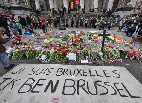 A memorial to the victims of the March 22, 2016 terrorist attacks at the Place de la Bourse in Brussels. (AP photo)