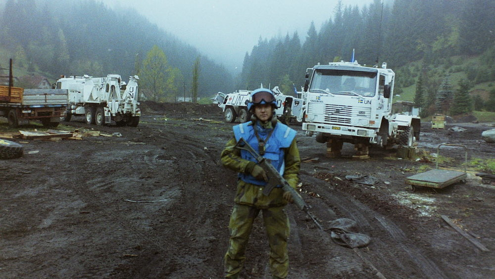 Sergeant Magnus Ernström of Nordbat 2 at the end of October 1993, at the time of the massacre of Stupni Do in Bosnia. (  Unknown Group Member in 2nd Guard, Escort Group BA01/  Försvarsmakten)