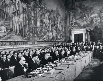 The signing ceremony of the Treaty of Rome. (Wikimedia)