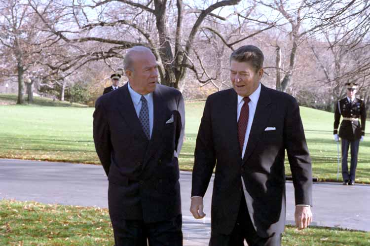George Schultz with President Ronald Reagan (Ronald Reagan Presidential Library/Wikimedia)