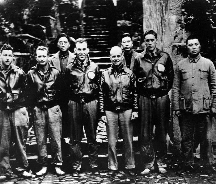 Doolittle and flight crew in China after the April 1942 raid on Japan. (U.S. Army Air Force Photo/Wikimedia)