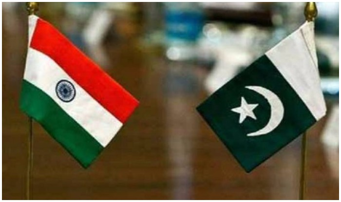Flags of India and Pakistan (India.com)