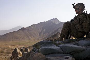 A soldier refelcting (Spc. Alexander Naylor/U.S. Army)