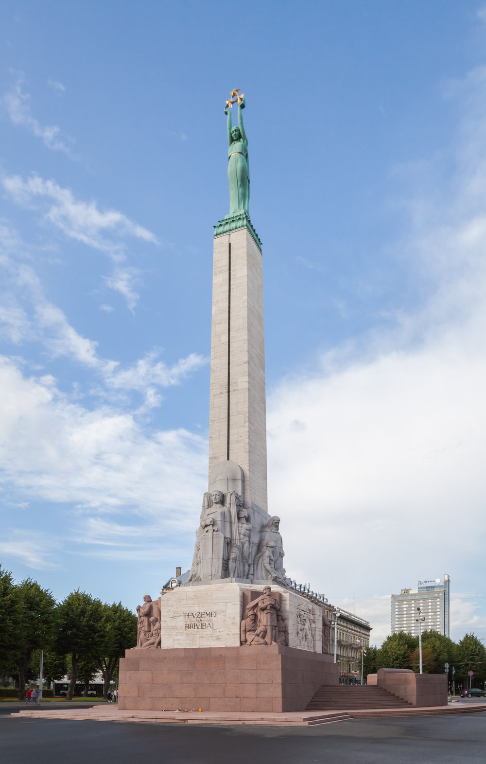 Freedom Monument, Riga, Latvia (Diego Delso/Wikimedia)