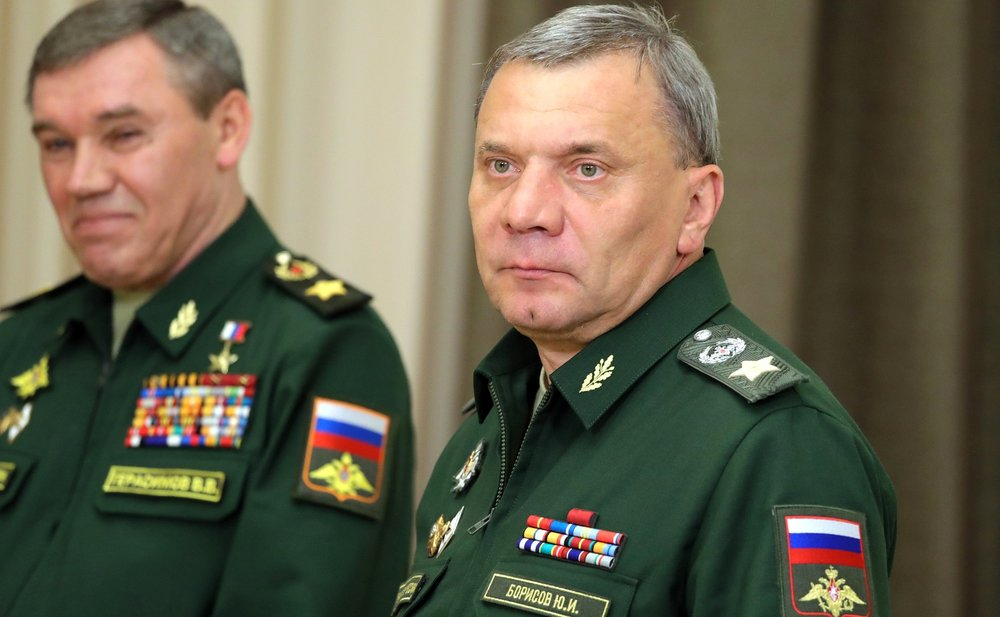 Chief of the General Staff of the Armed Forces – First Deputy Defence Minister Valery Gerasimov (left) and Deputy Defence Minister Yury Borisov before the meeting with Defence Ministry senior officials. (President of Russia Website)