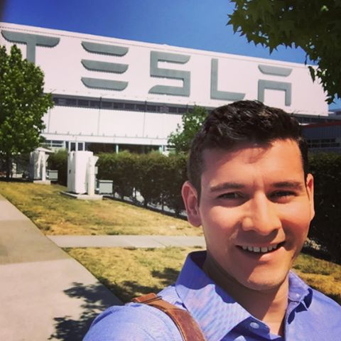 With the first year of business school complete, I've returned to the homeland (for a few months) to start my dream job at Tesla. I'm very grateful that my two favorites have joined me for a summer in SF and excited to show them the Golden State!