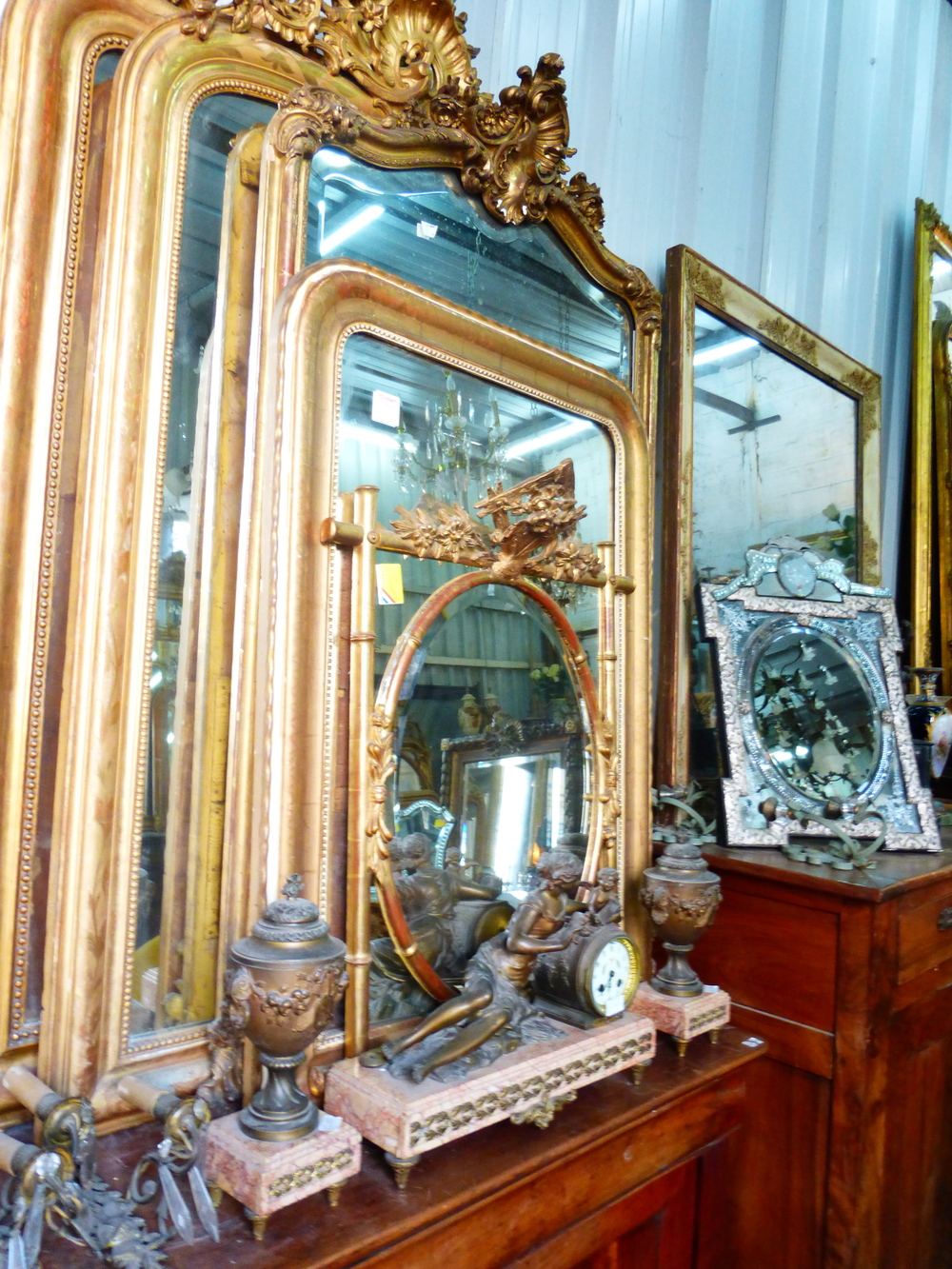 A mere sampling of the sensational mirrors found at our last stop.