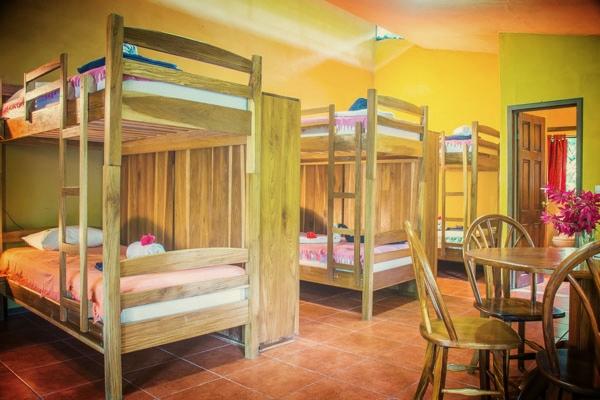 $1100 - Dorm Share