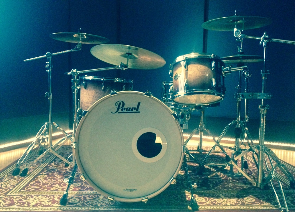 Everland recording studio drumkit