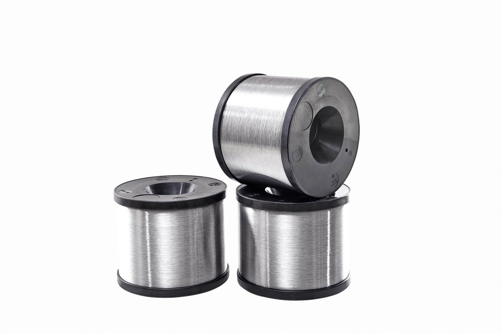 PLASTIC SPOOLS - (DIN 46399) Mono Wire Dia (mm): 0.12-5.00 Multi Wire Dia (mm): 0.12-0.50 Weight: (kg): 1.20-300