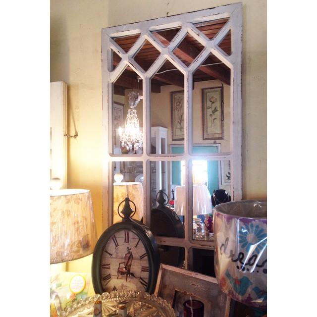 🔹Window Frame Mirror🔹$75 #NotTooShabby #CulverCity #ShabbyChic #Mirror # Furniture