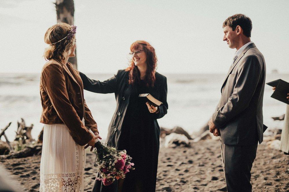 Marcella Laine Photo Intimate Coastal Wedding_1567.jpg