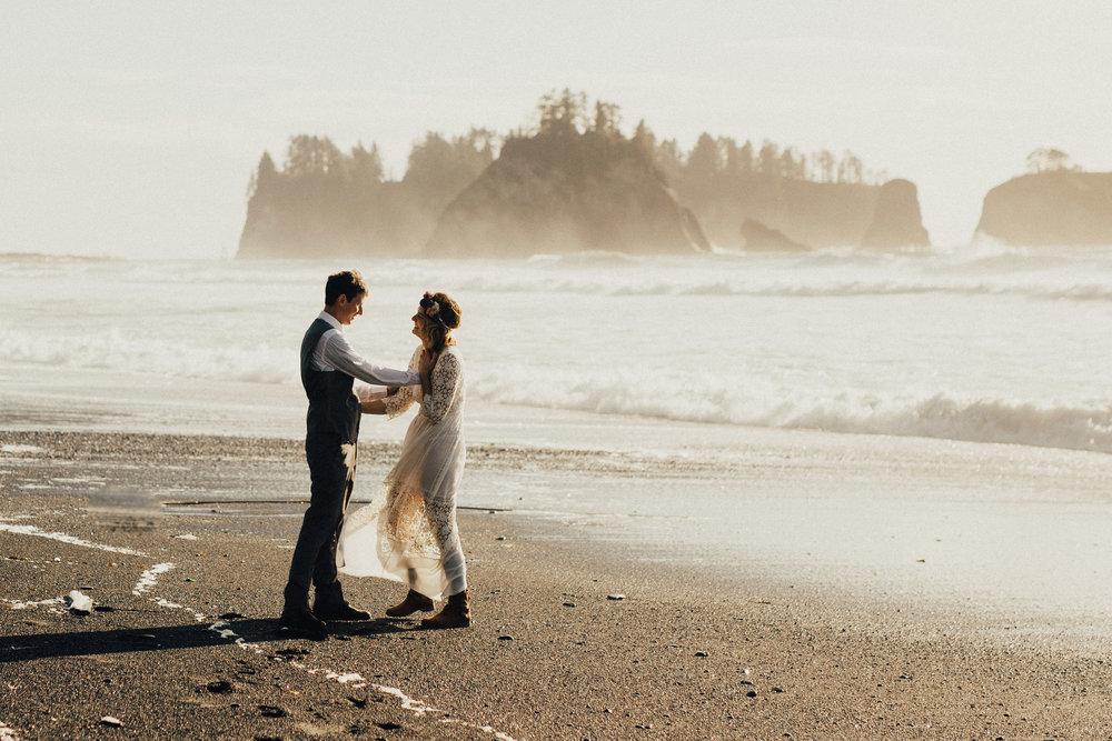 Marcella Laine Photo Intimate Coastal Wedding_1971.jpg