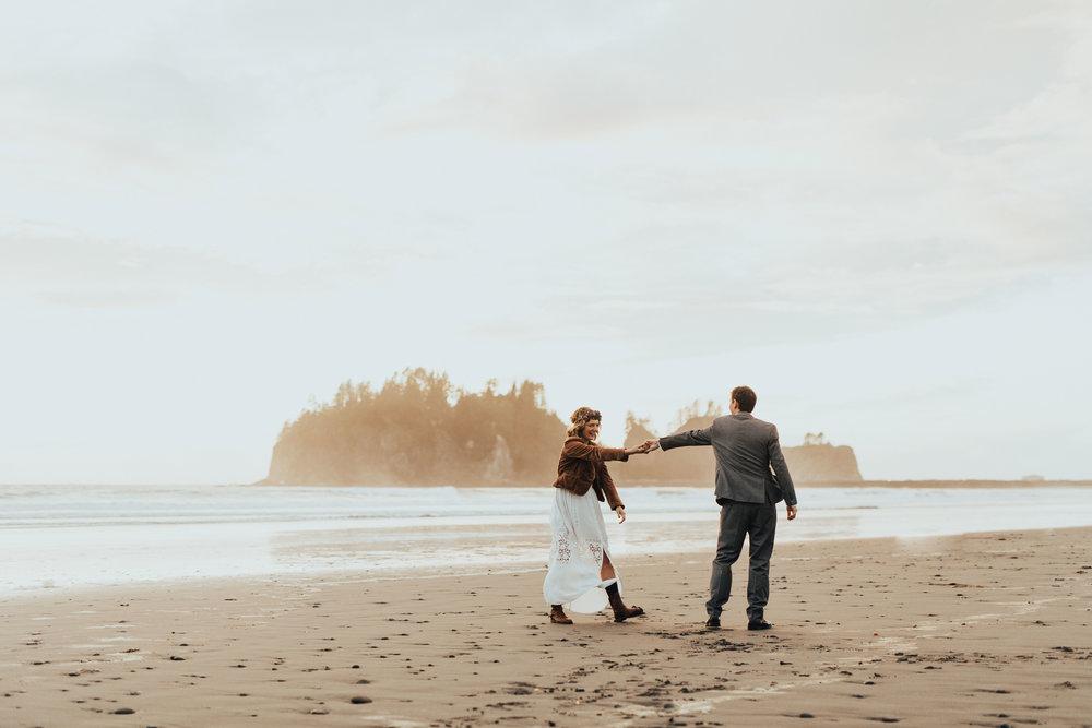 Marcella Laine Photo Intimate Coastal Wedding_2659.jpg