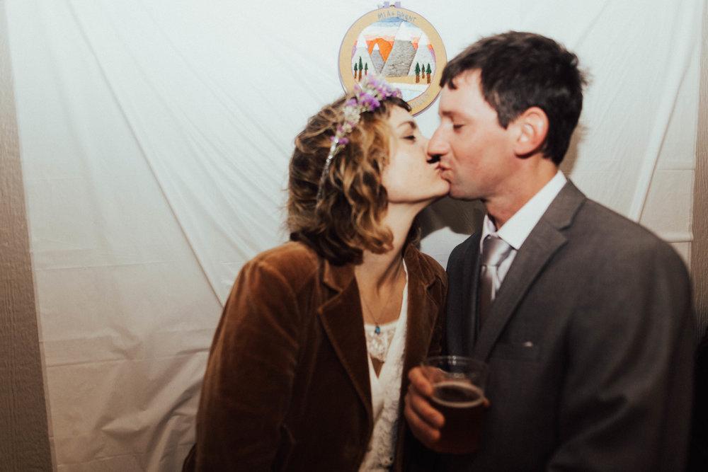 Marcella Laine Photo Intimate Coastal Wedding_3056.jpg