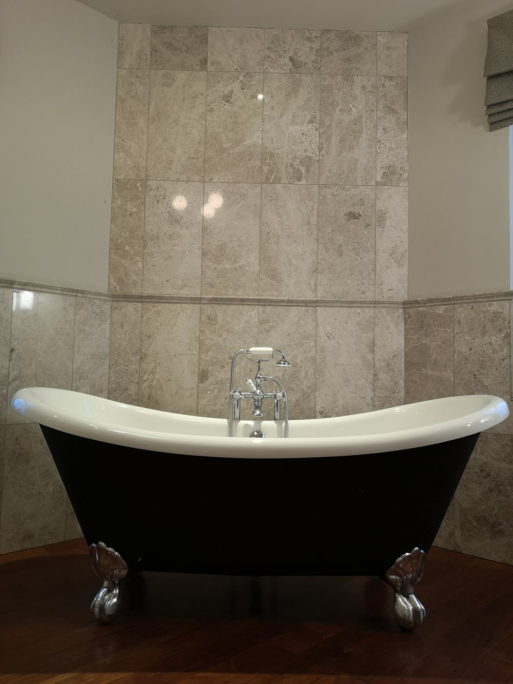 Trent bathroom