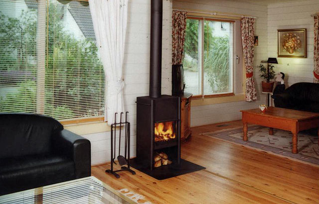 Harrie Leenders HL2 Wood Burning Stove
