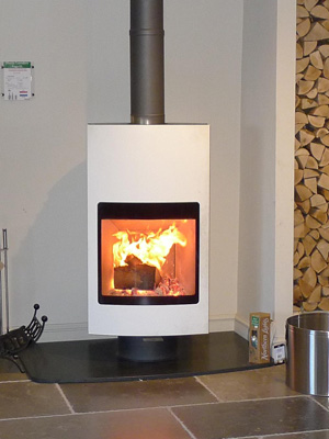 Harrie Leenders Fuga eL Rotatable Wood Burning Stove