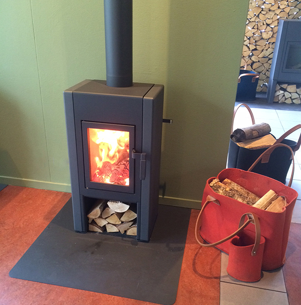 Harrie Leenders Lobbe Wood Burning Stove