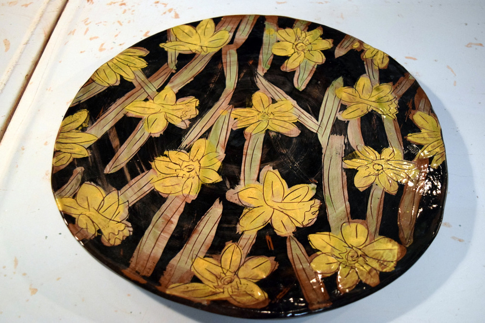 A finished Night Daffodil platter