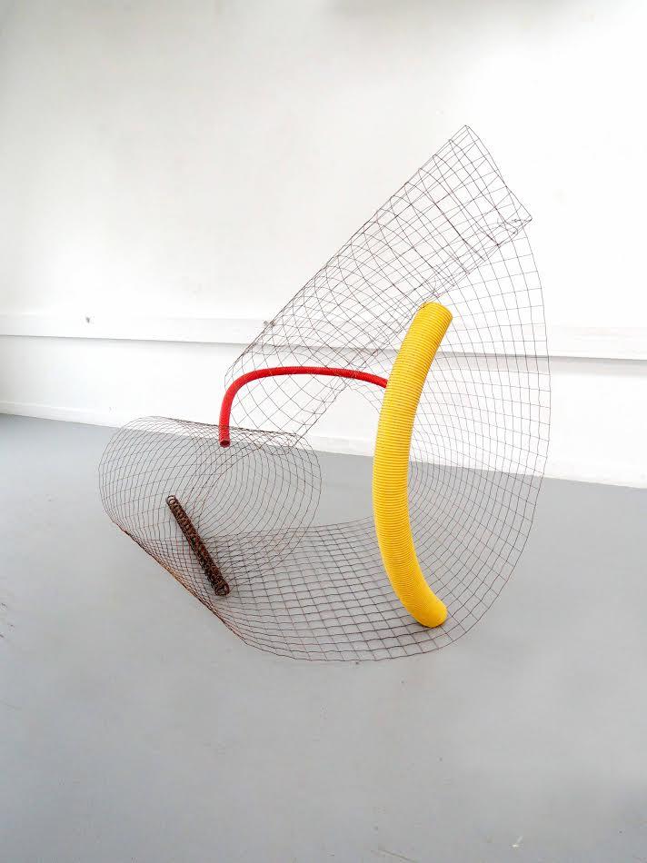 Alice Louradour,1,2,3 1,2,3 SAUT DE CHAT, Sculpture ternaire montée en trois mouvements, 2016