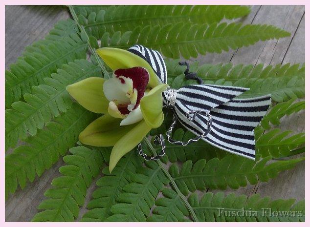 grosgrain orchid 1.jpg