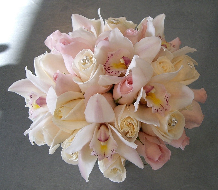 blush pink bridal bouquet.jpg