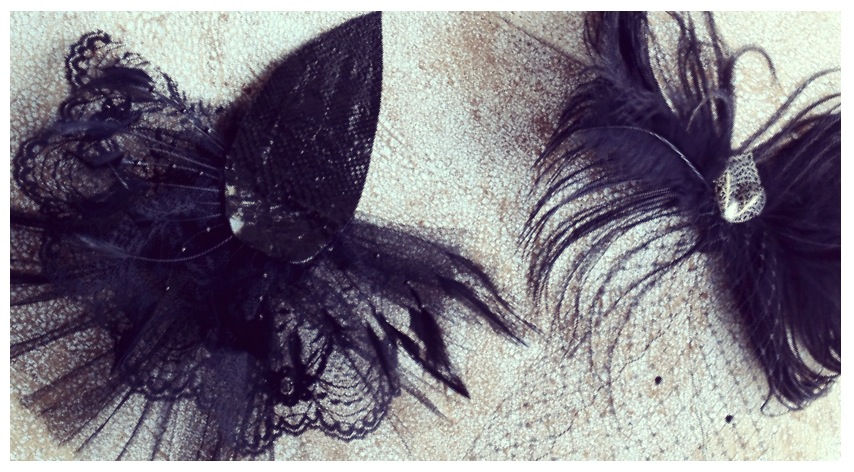 [ laced & feathered ] // no femme is a flapper without a proper hairpiece
