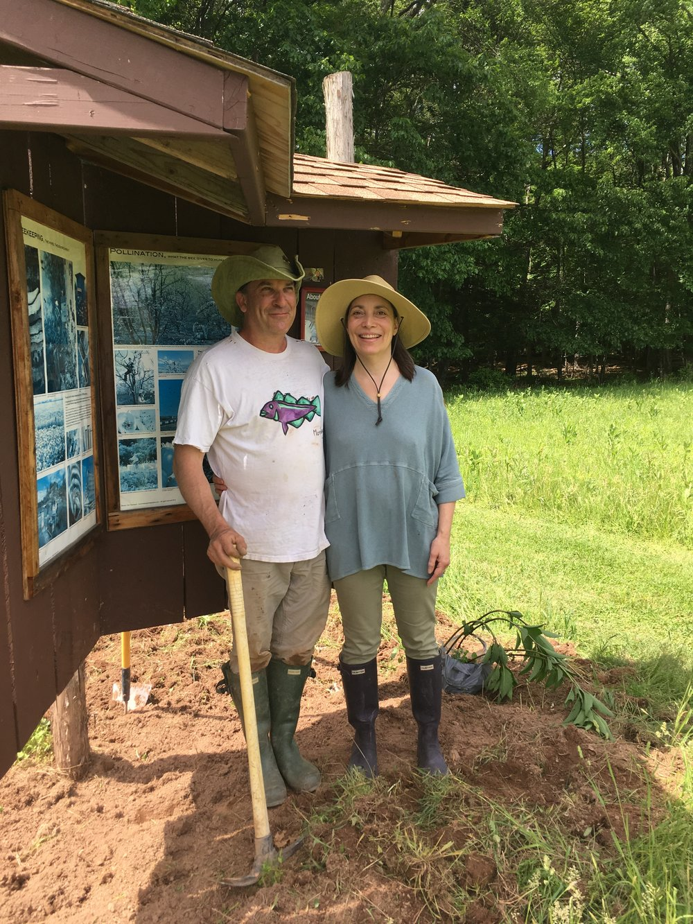 Chris and Lisa Layman - Fox Farm Apiary