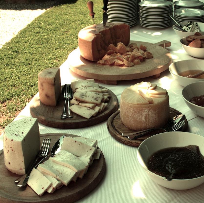 27_buffet+di+formaggi.jpg