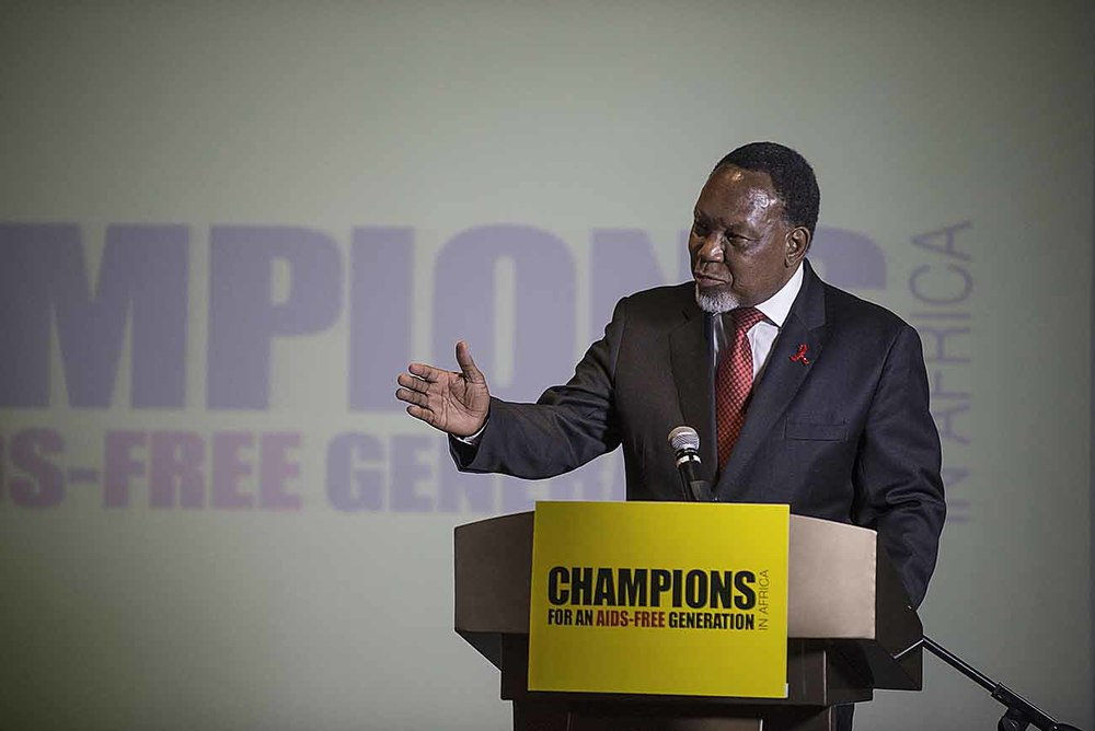 Former South African President, Kgalema Motlanthe, addresses guests at the Champions Gala Dinner.