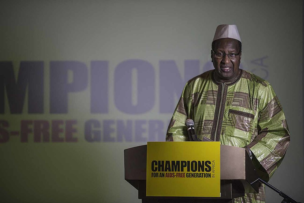 The former President of Mali, Alpha Oumar Konaré,   addresses guests at the Champions Gala Dinner.