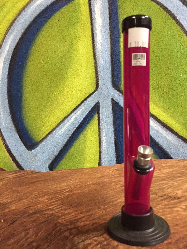 red acrylic water pipe