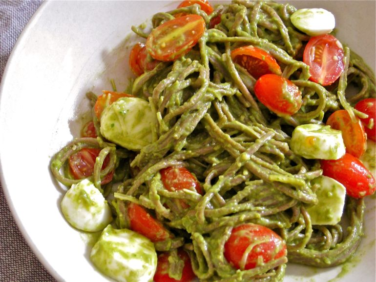 pesto sauce over buckwheat noodles