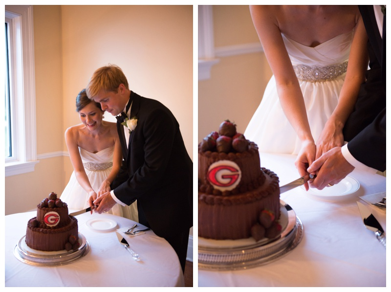 cake cutting savannah wedding photographer