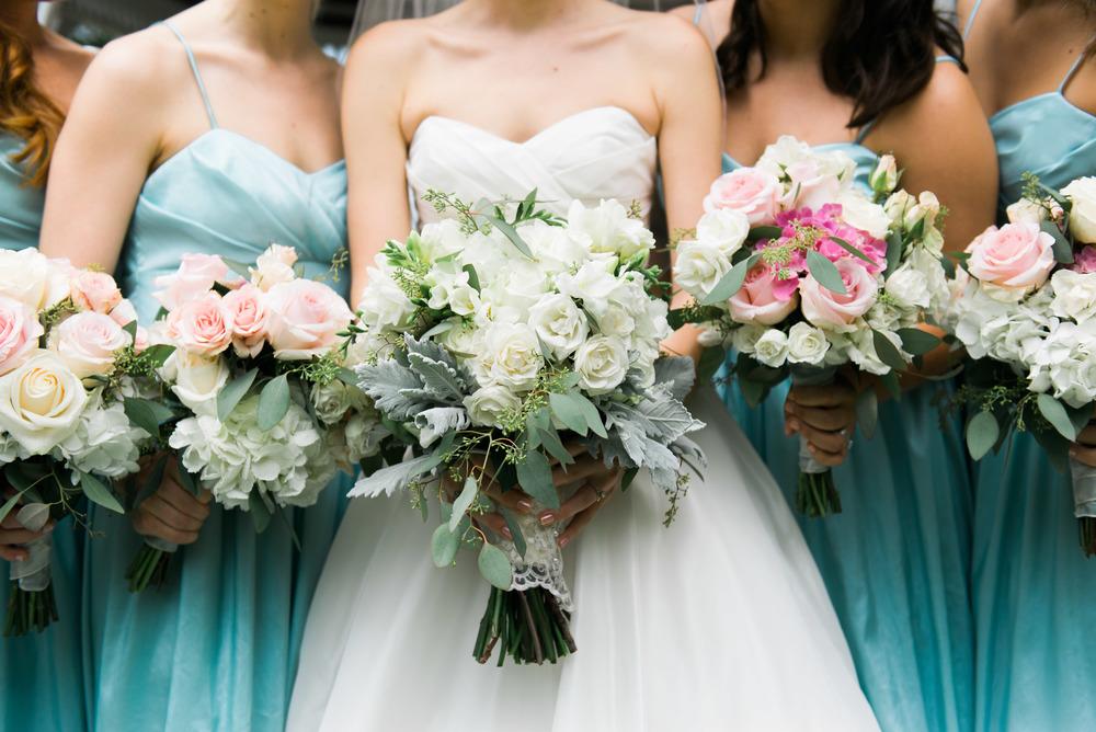 bridesmaids bouquet savannah wedding photographer